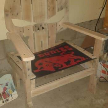 Pallet Garage Chair