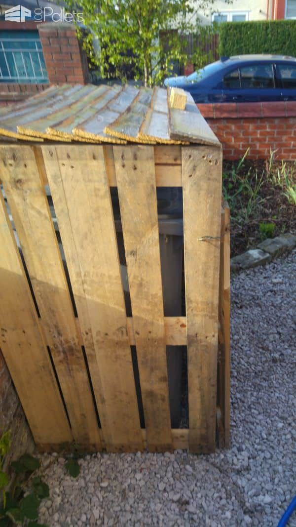 1001pallets.com-simple-wheelie-bin-cupboard2