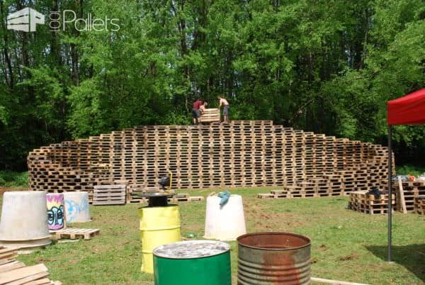 Pallet Stage Made From 600 Pallets @ Back to the Woods #3 Other Pallet Projects