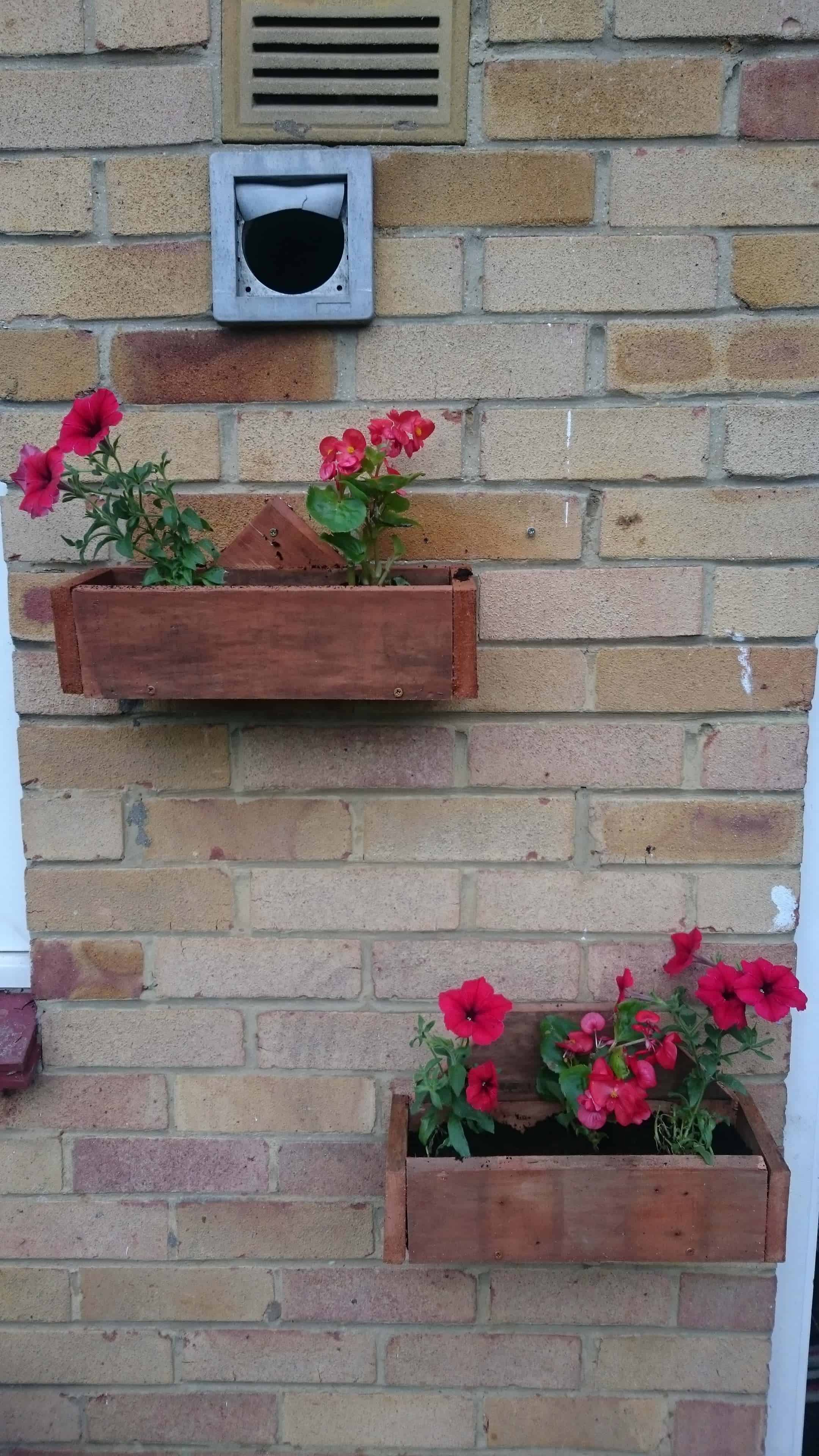 Pallet Wall Planters 1001 Pallets