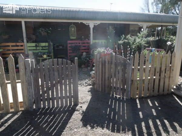 Private Pallet Garden Pallet Fences Pallet Terraces & Pallet Patios