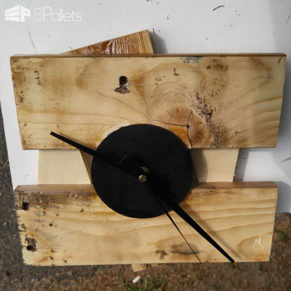 Recycled Pallet Clock Pallet Clocks