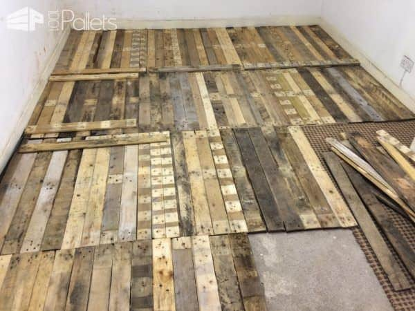Removable Pallet Kitchen Floor! Pallet Floors & Decks