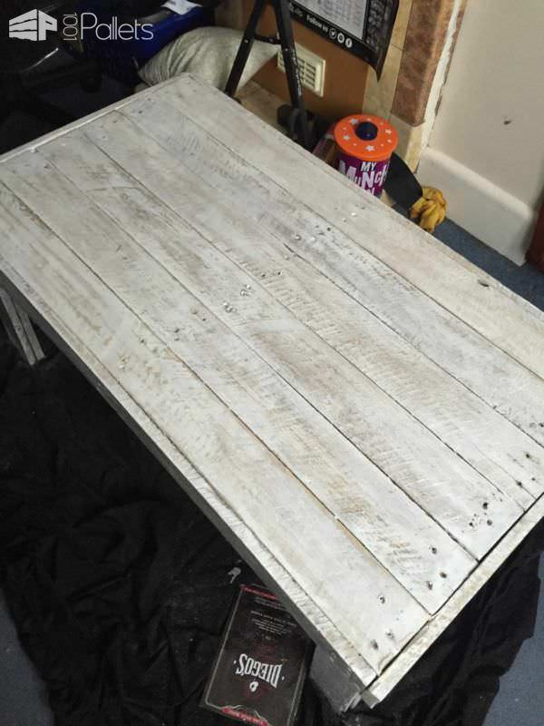 Simple, Rustic Pallet Coffee Table Pallet Coffee Tables