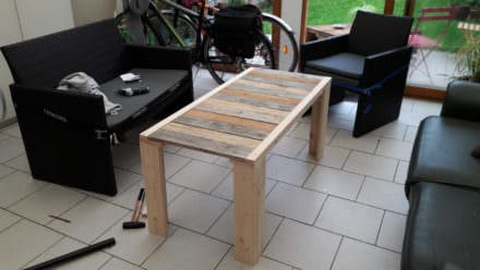 Table Basse En Palettes / 2 Pallets Coffee Table