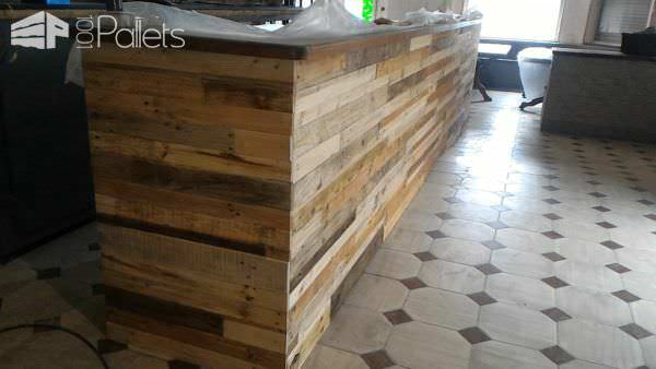 Bar Receives Pallet Wood Facelift Pallet Bars