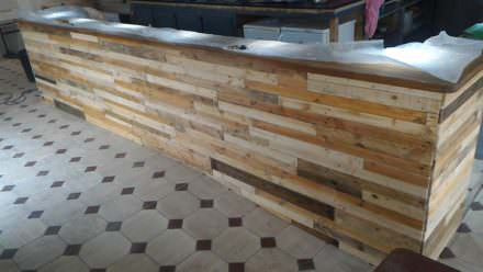 Bar Receives Pallet Wood Facelift