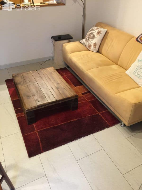 Euro Pallet Walnut Coffee Table / Tavolino Con Paletta Euro in Noce Pallet Coffee Tables