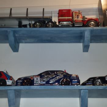 Pallet Display Shelves / Mensole Porta Modellismo