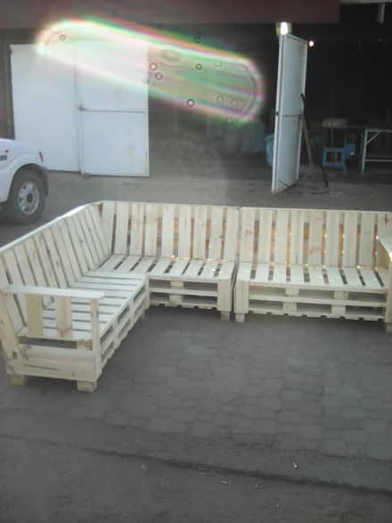 Diy Pallet Couches Amp Outdoor Pallet Furniture 1001 Pallets