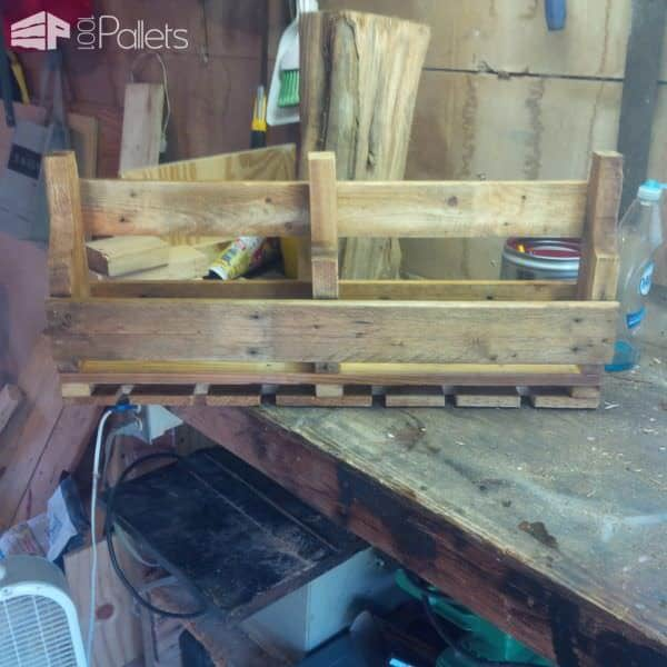 Pallet Wine Racks Pallet ideas for DIY - Home DécorPallet Shelves & Pallet Coat Hangers
