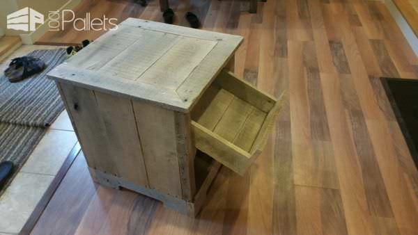 Rustic Pallet Hardwood Nightstand Pallet Desks & Pallet Tables