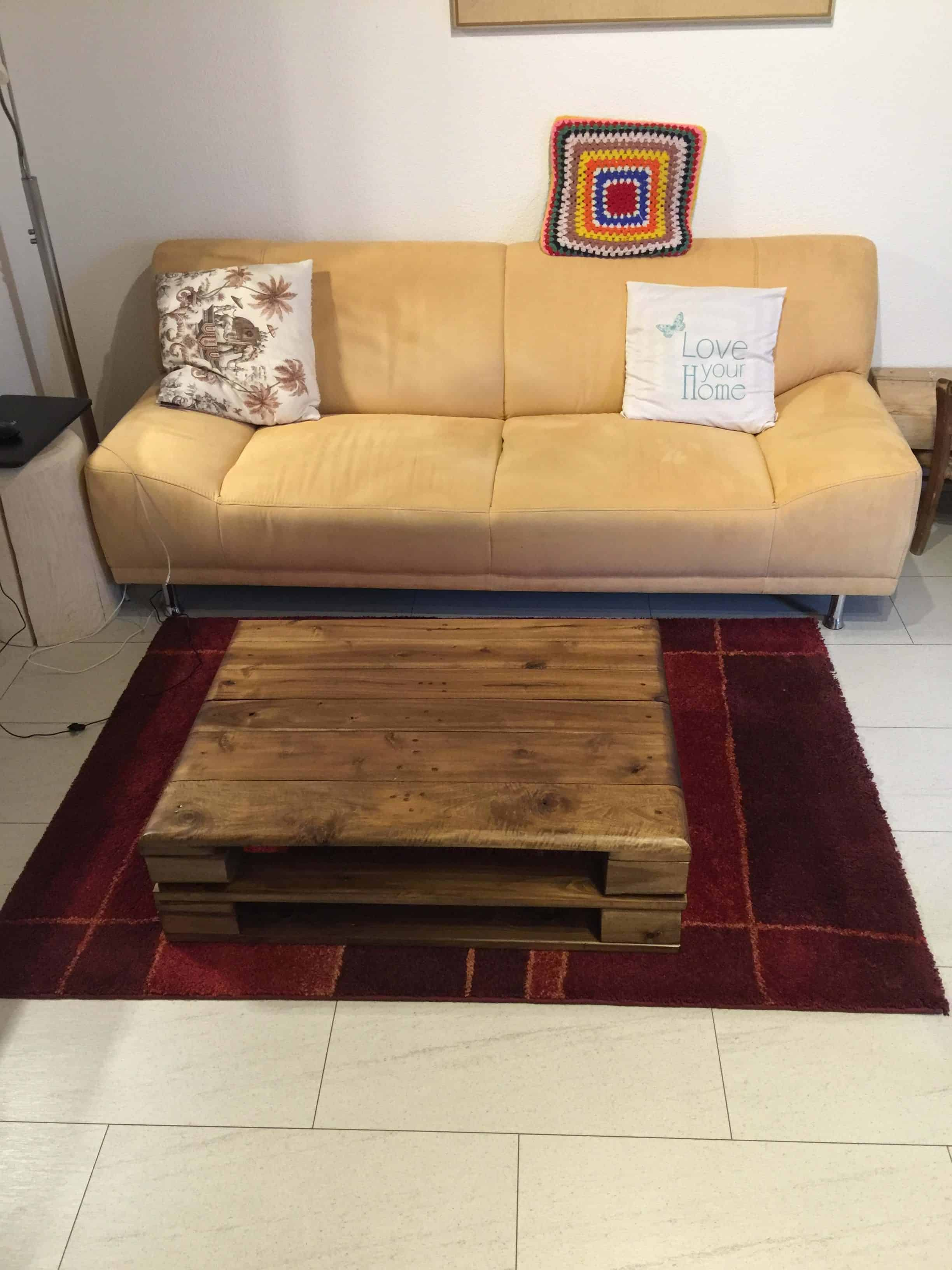Stylish Pallet Coffee Table • 1001 Pallets