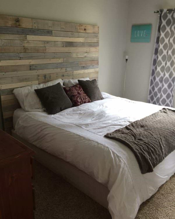 1001pallets.com-white-washed-pallet-headboard
