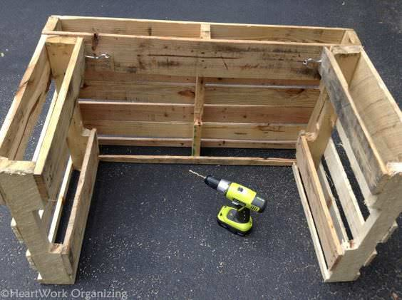 10 Lemonade Stands Made out of Repurposed Pallets • Pallet ...