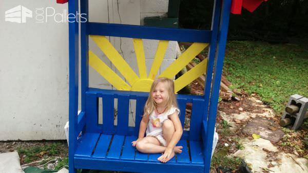 A Wee Pallet Bench for a Wee Niece Lounges & Garden SetsPallet Benches, Pallet Chairs & Stools