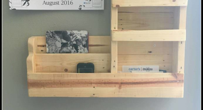 Thousands of Pallet Furniture Ideas & Projects - 1001 Pallets
