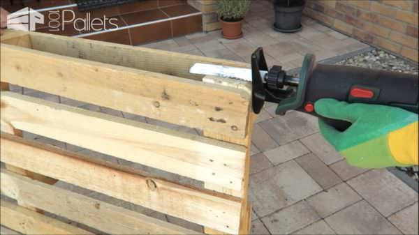 1001pallets.com-how-you-can-do-this-pallet-bench-shoerack-yourself2