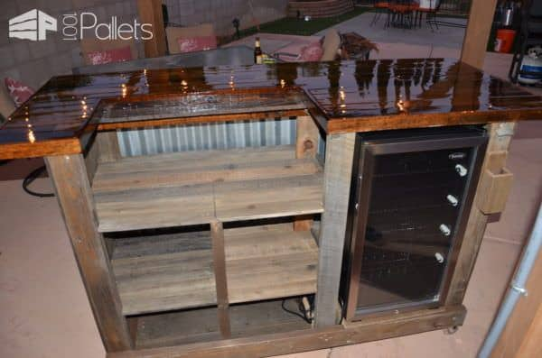 Gorgeous Pallet Wood Rolling Bar DIY Pallet Bars