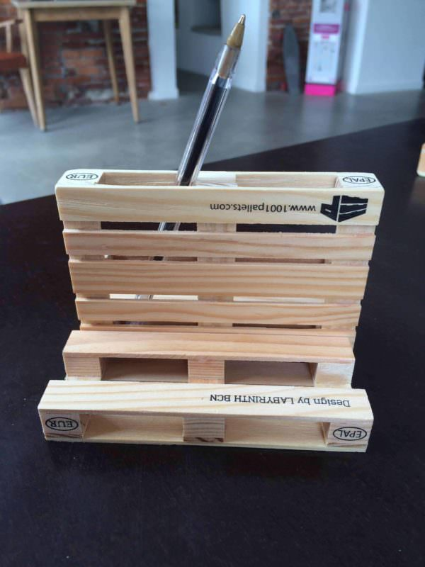 Mini-pallet Transformer Pencil Case Other Pallet Projects