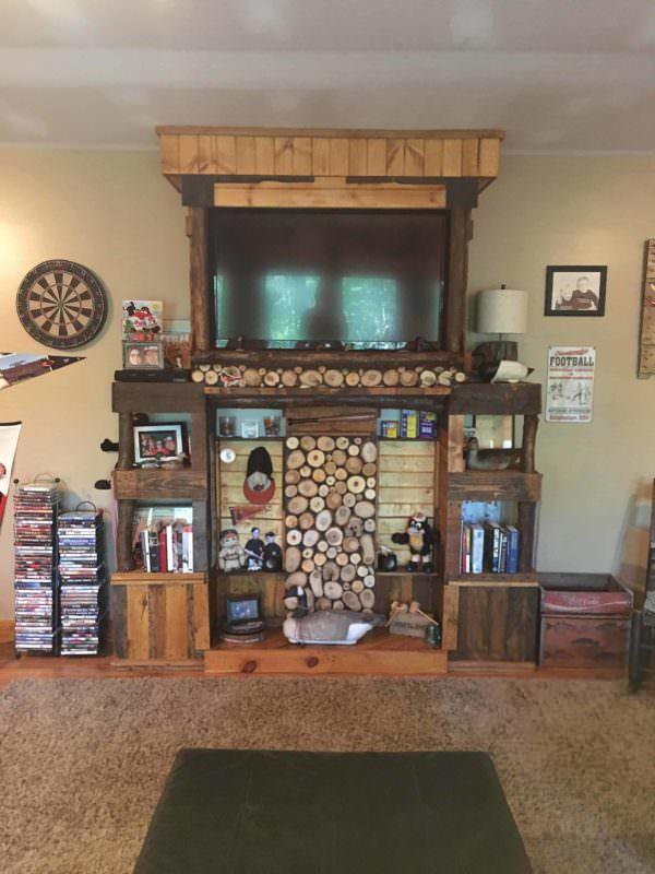 Pallet and Log Entertainment Center Pallet Bookcases & Pallet Bookshelves Pallet TV Stand & Rack Pallet Wall Decor & Pallet Painting