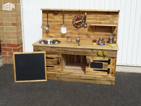 1001pallets.com-mudtexture-educational-play-kitchens1