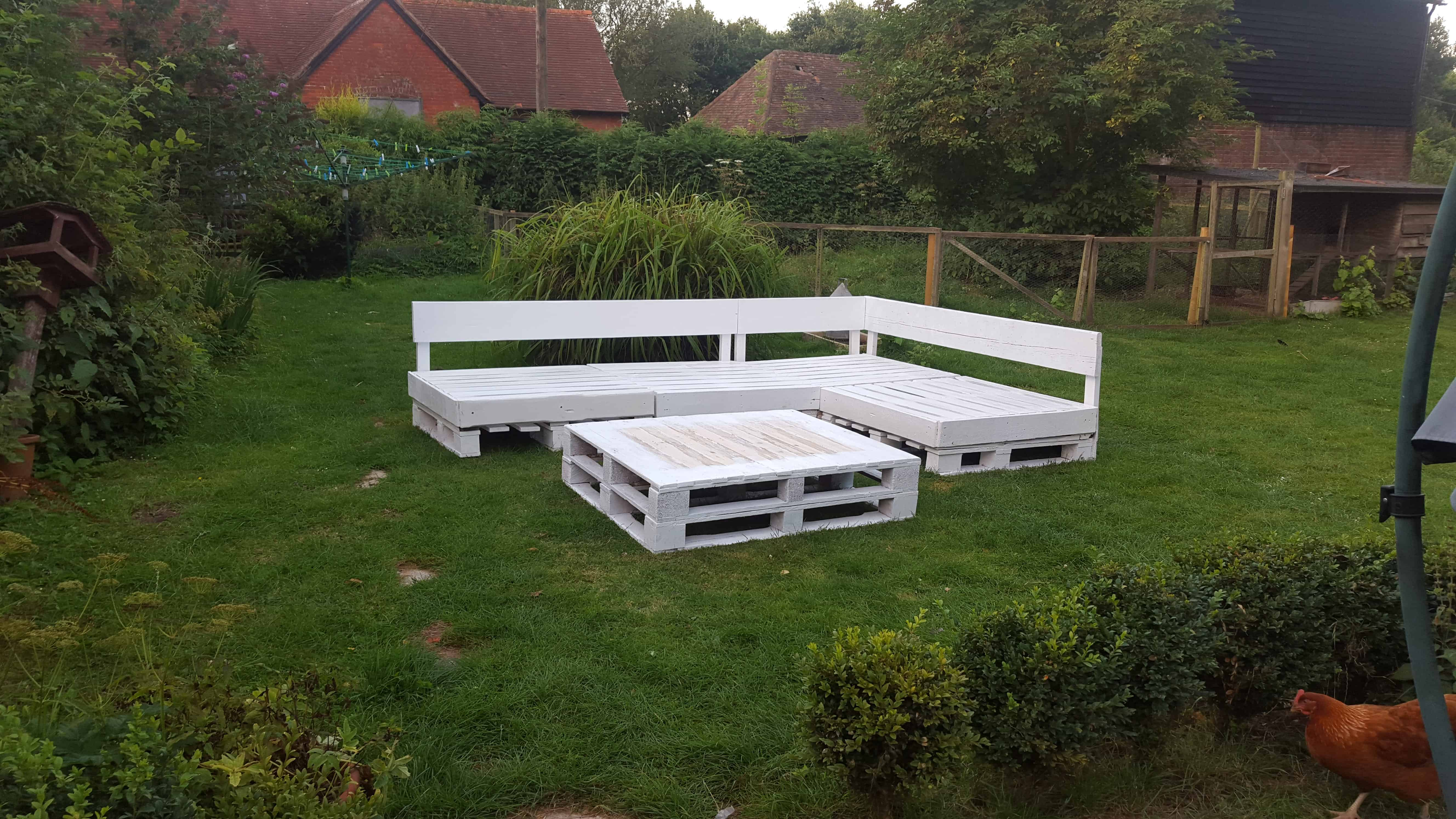 Pallet Seating Area 1001 Pallets