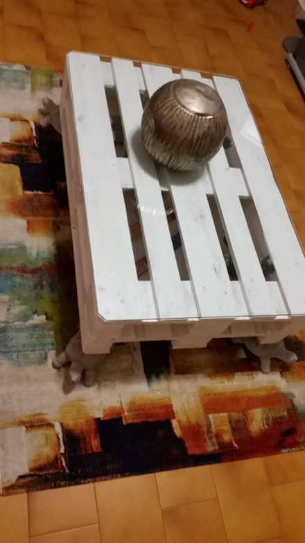 Pallet Turtle-foot Table