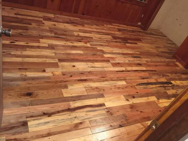 1001pallets.com-pallet-wood-reclaimed-for-wood-floors