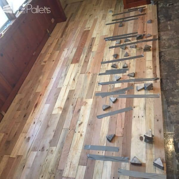 1001pallets.com-pallet-wood-reclaimed-for-wood-floors3