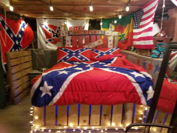 Rebel Pallet Bed DIY Pallet Beds, Pallet Bed Frames & Pallet Headboards