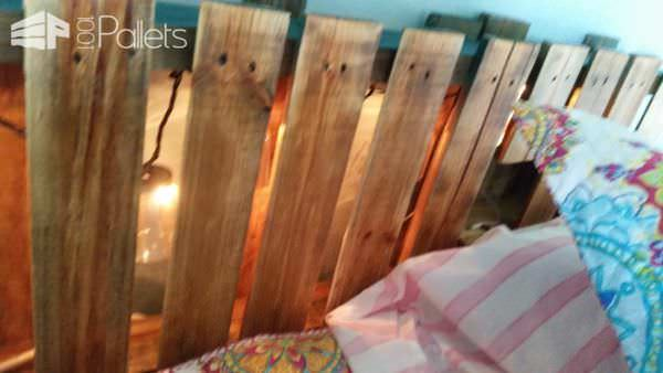 Underlit Pallet Bed You Have To See! DIY Pallet Bed Headboard & Frame