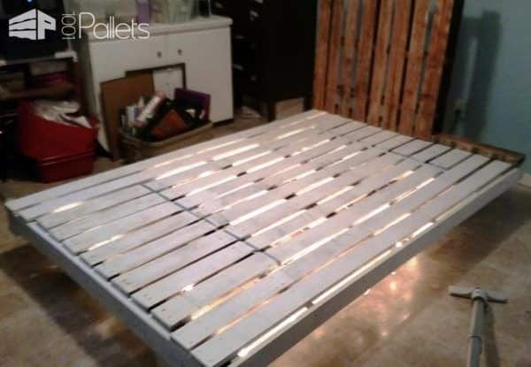 1001pallets.com-lighted-bed-i-made-with-pallets7