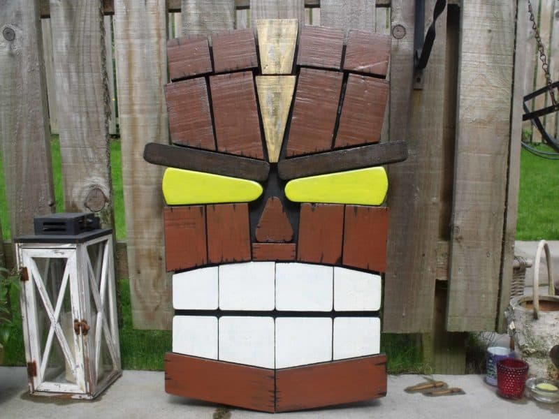 Unique Tiki Pallet Wall Art From Remnants • 1001 Pallets