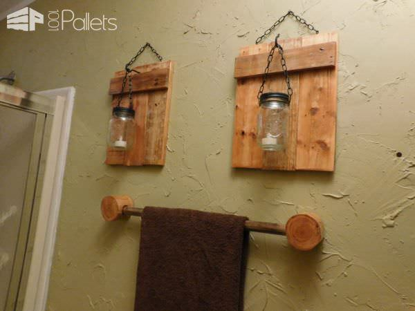 1001pallets.com-pallet-bathroom-mirror-table-and-wall-sconces2