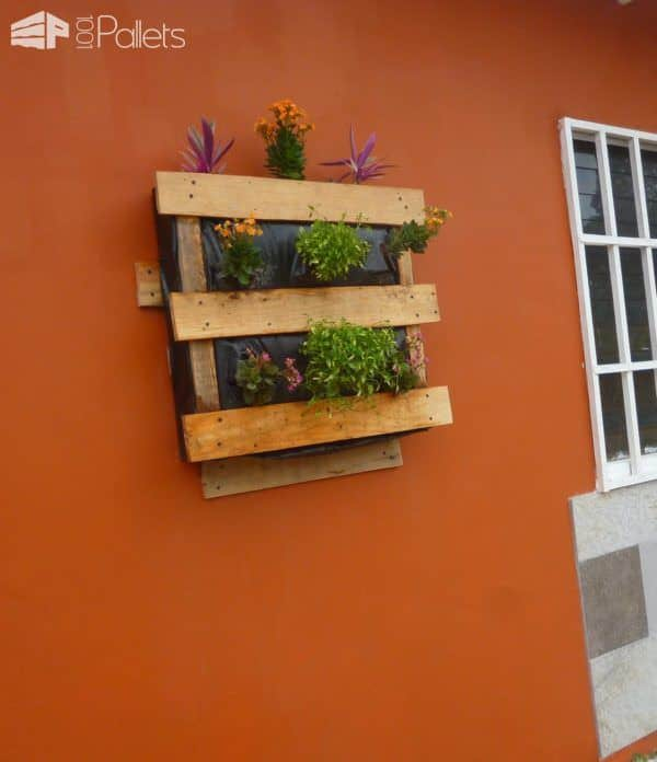Pallet Vertical Planter 4
