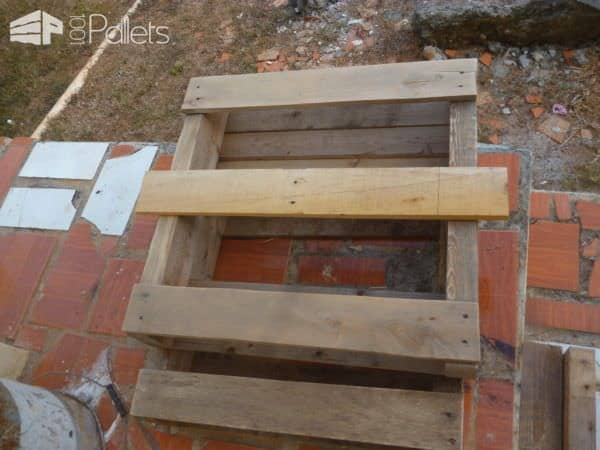 Pallet Vertical Planter 2