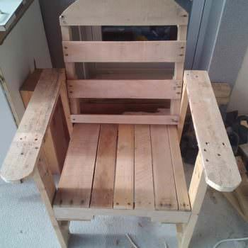 Modern-twist Pallet Adirondack Chair