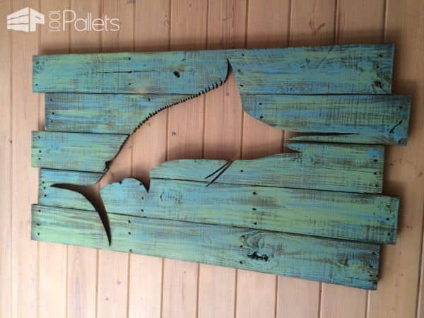 1001pallets-com-pallet-marlin-wall-art-with-led-lighting