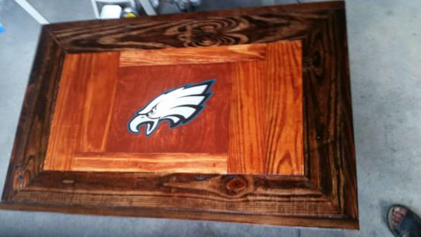 Philly Eagles Fan Pallet Coffee Table 1