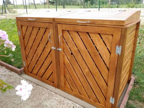 Stylish Pallet Trash/Recycling Bin Shed - Cache Poubelle Pallet Boxes & Chests Pallet Sheds, Cabins, Huts & Playhouses