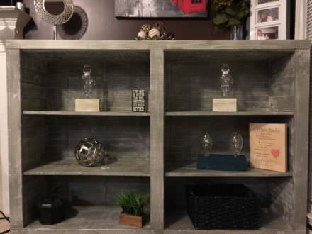 Superb Distressed-look Pallet Bookcases