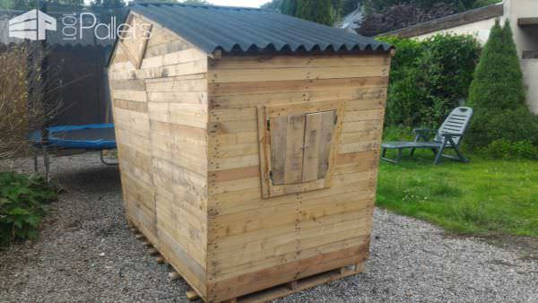 Zany-fun Pallet Playhouse / Maisonnette Pour Enfants Pallet Sheds, Pallet Cabins, Pallet Huts & Pallet Playhouses