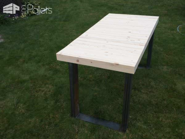 Butcher Block Style Pallet Computer Desk Pallet Desks & Pallet Tables