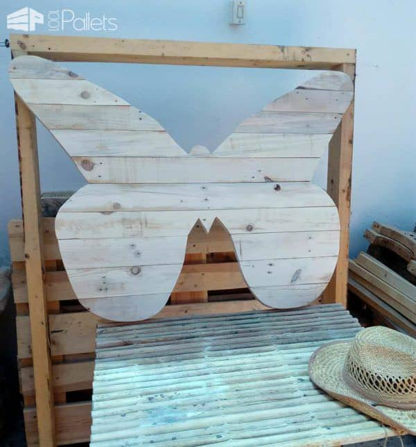 Cheerful Pallet Butterfly Planter Wall Art Pallet Planters & Compost BinsPallet Wall Decor & Pallet Painting