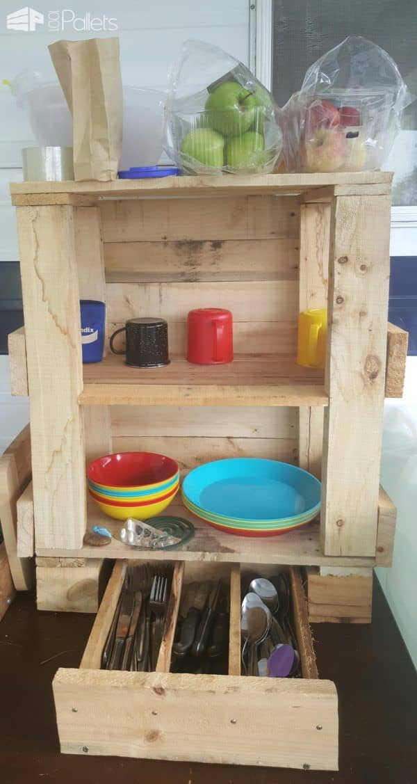 Creatively Improvised Pallet Camp Kitchen Tidy Pallet Boxes & Chests