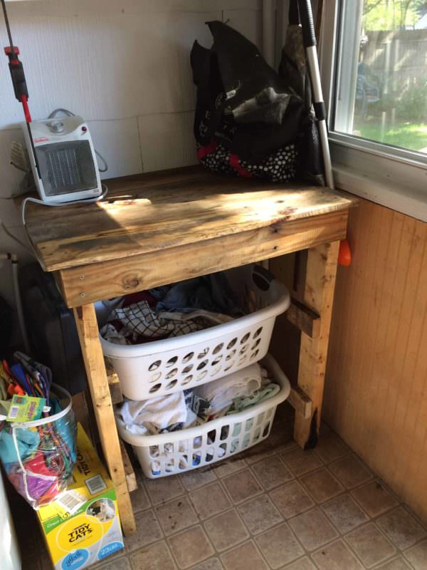 Handy Laundry Sorting/Folding Table2