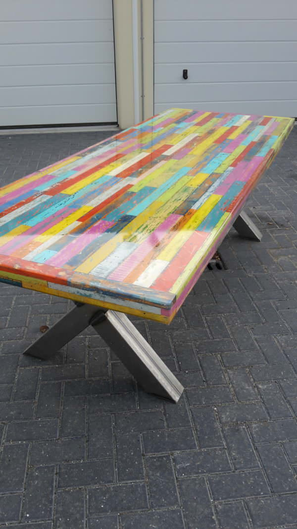 Heavy-duty Pallet Kaleidoscope Dining Table Other Pallet ProjectsPallet Desks & Pallet Tables