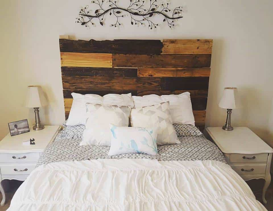 Live Edge Rustic Pallet Headboard Ideas 1001