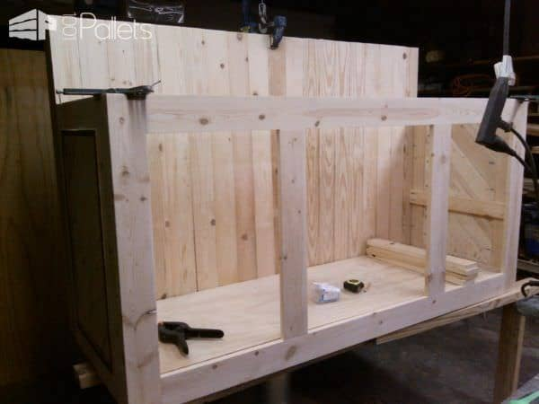 1001pallets.com-Two-tier Pallet Kitchen Island2